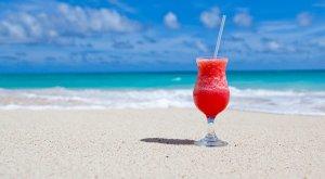 ¿Qué no puede faltar en la nevera de la playa?