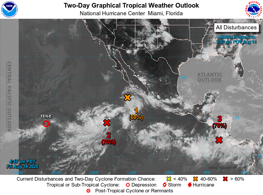 Perturbaciones sobre el Pacífico Oriental viernes 14 agosto. Imagen por el Centro Nacional de Huracanes