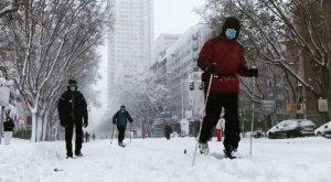 La nevada del siglo cubre España y colapsa Madrid