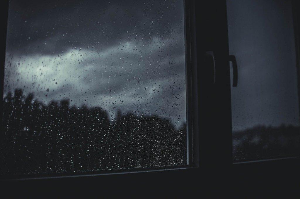abrir ventana con lluvia