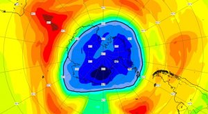 El agujero de la capa de ozono aumenta más de lo habitual y ya es más grande que la Antártida